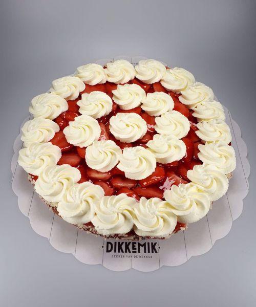 Afbeelding van Aardbei op cakebodem met room